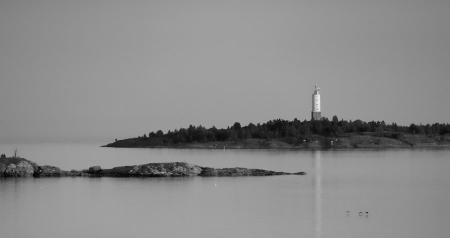 Rönnskär Lighthouse in the evening