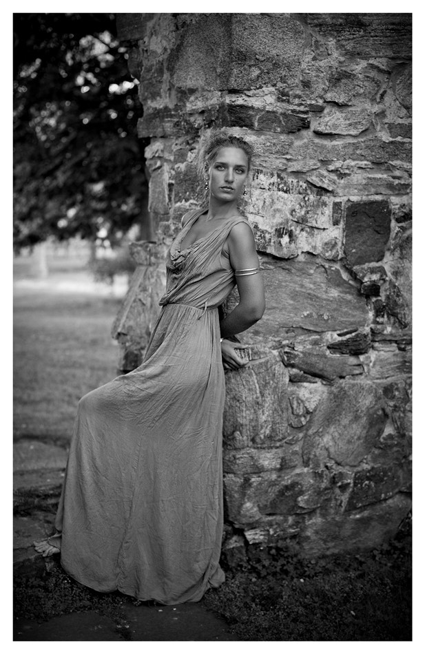 Photograph Diana in the garden by Michał Tyrkiel on 500px