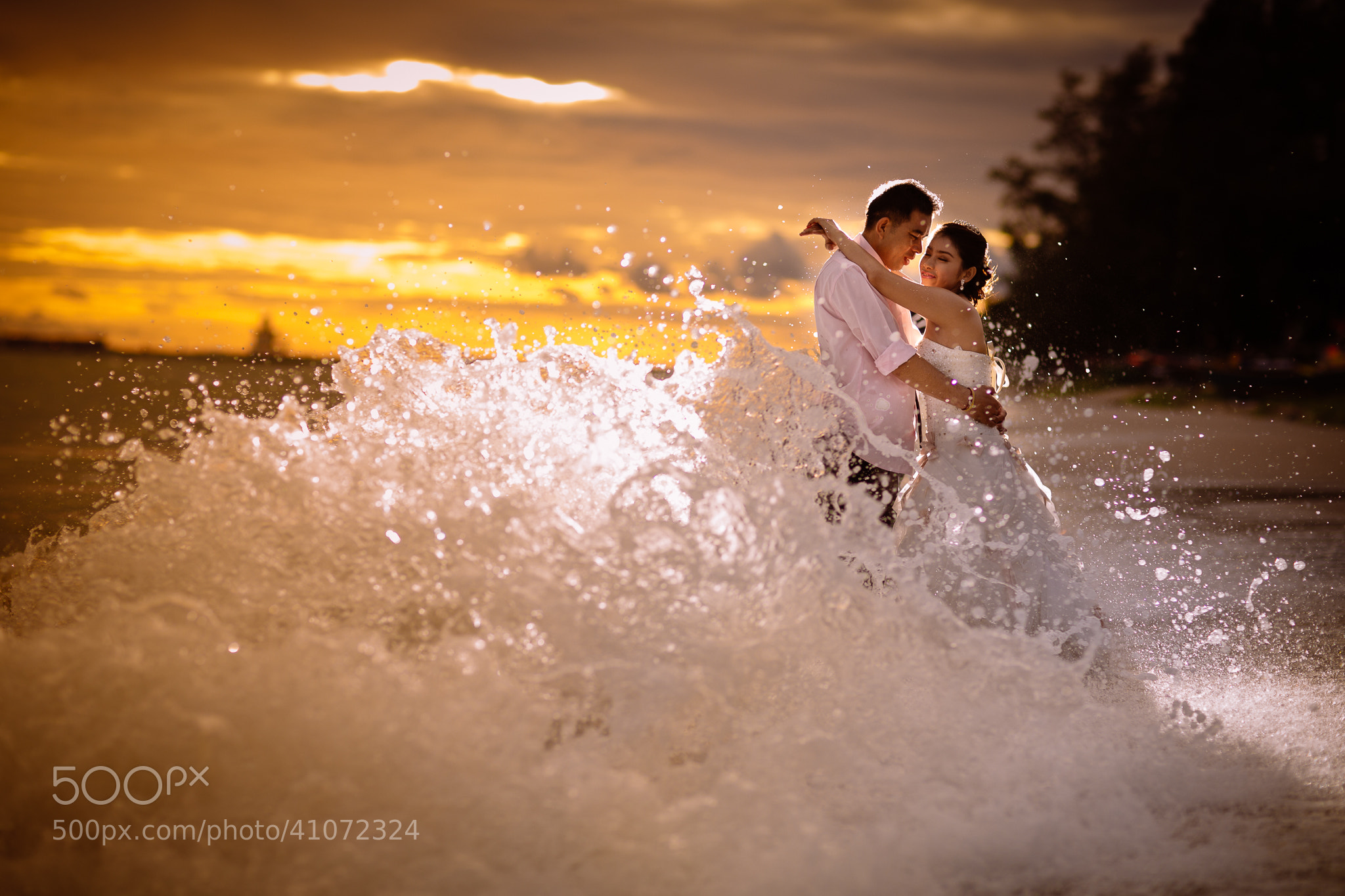 Photograph Wave of Love by Nitipoom S on 500px