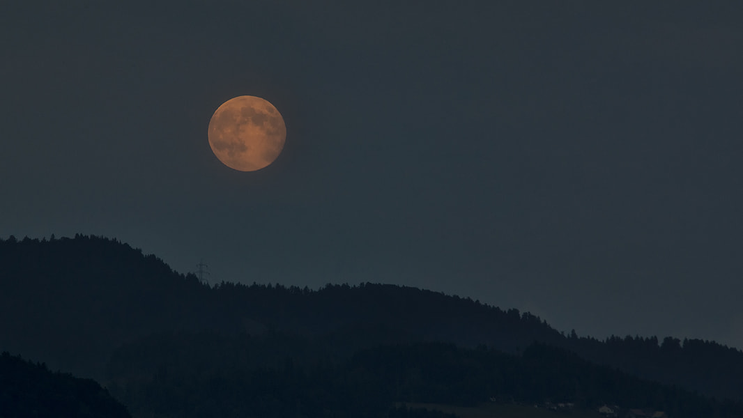 Photograph full moon by Sandra Löber on 500px
