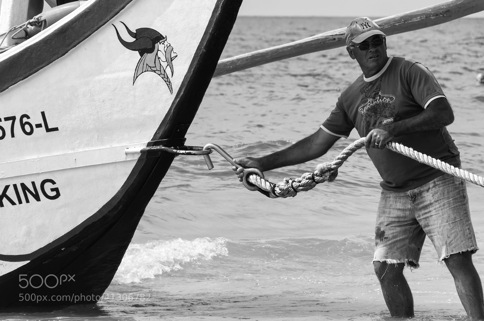 Photograph Amarrando o Viking by Jorge Orfão on 500px