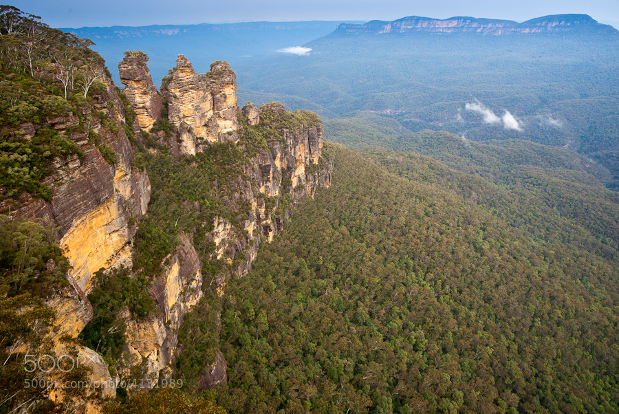 Looking into the Jamison Valley in the Blue Mountains