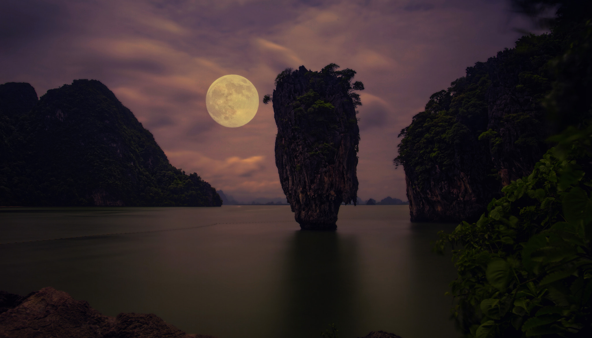 Photograph Full moon by Prithvi Poosapati on 500px