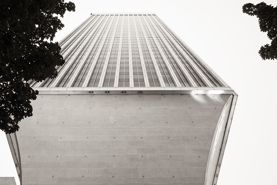 Photograph Rainier Tower - Seattle by Luc Busquin on 500px