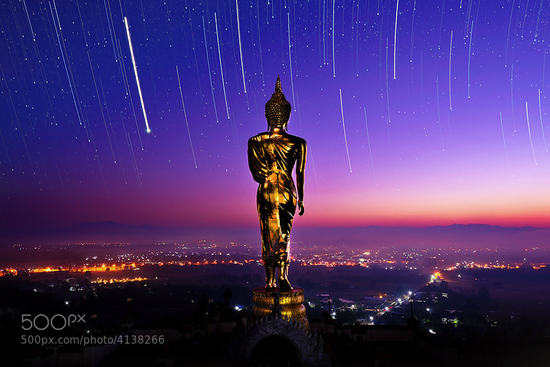 Photograph Light of Buddha by Tonnaja Anan Charoenkal on 500px