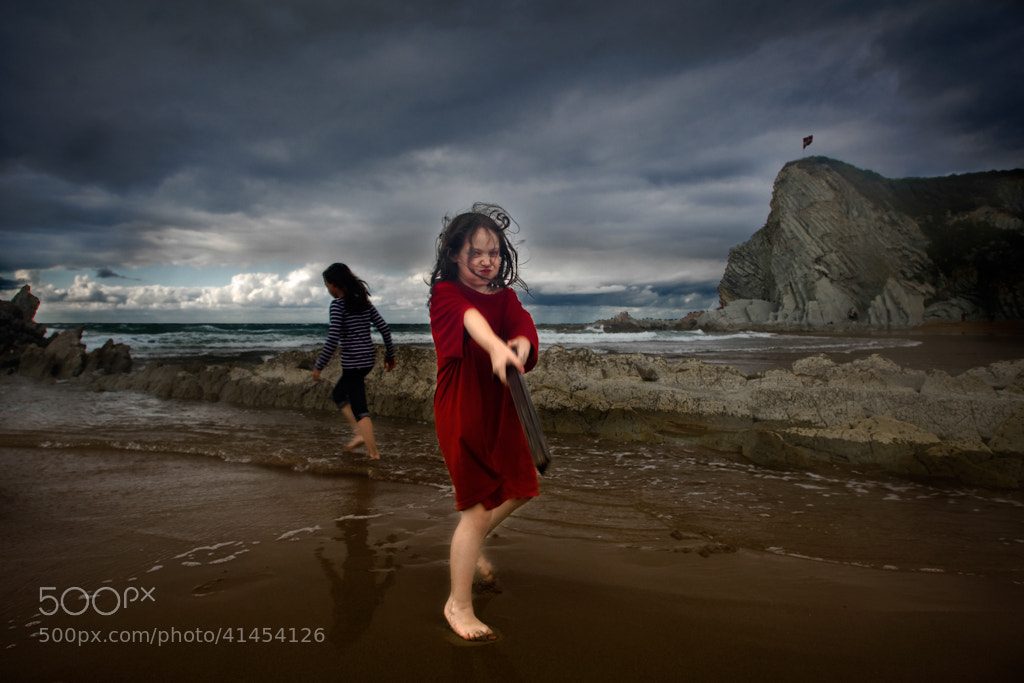 Photograph Playing in the sand by Sabin Merino on 500px
