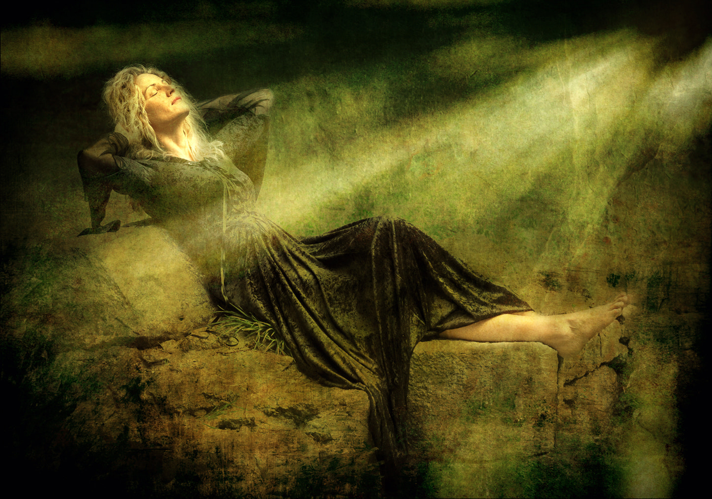 Photograph Sleeping into the light by Jean-Pierre Linossier on 500px