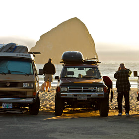 Surfer Trucks, Pacific City by Rob Sentz (rtsentz)) on 500px.com