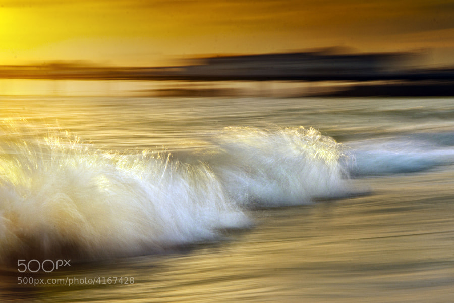 evening wave by mike harvey (oneeyedmike) on 500px.com