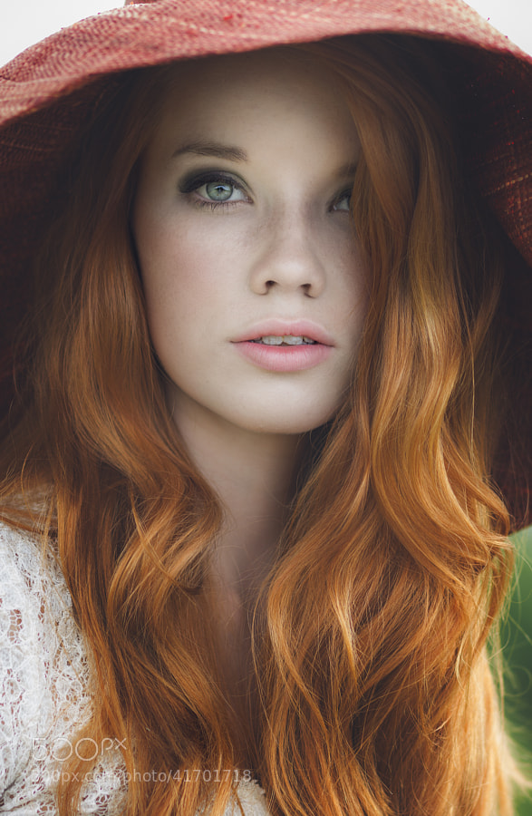 Photograph Abbie by Pauly Pholwises on 500px