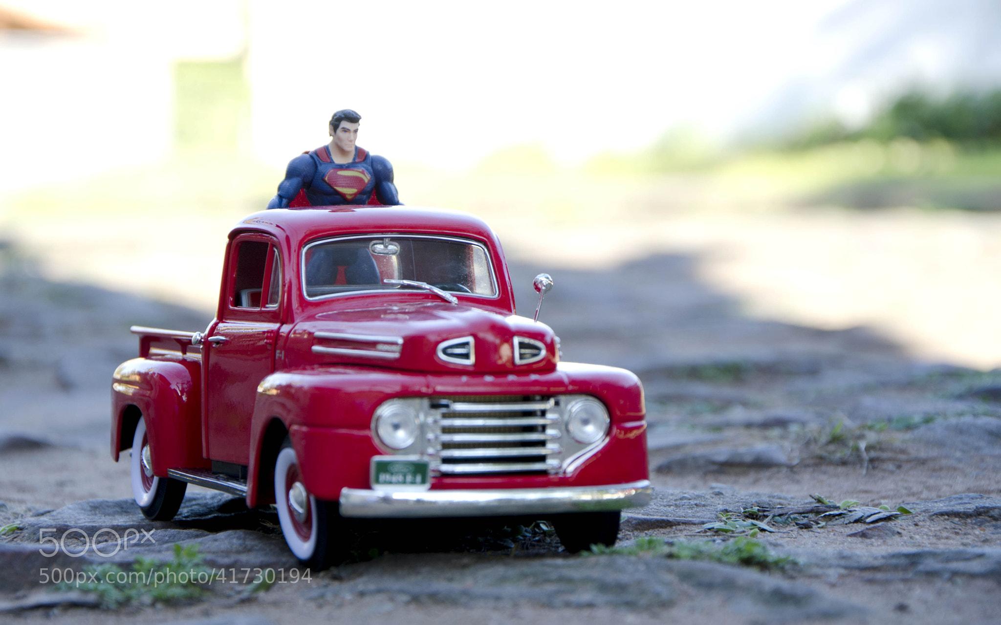 Photograph superman y su ford f1 by roberto espínola on 500px