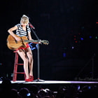 ������, ������: Red Taylor Swift