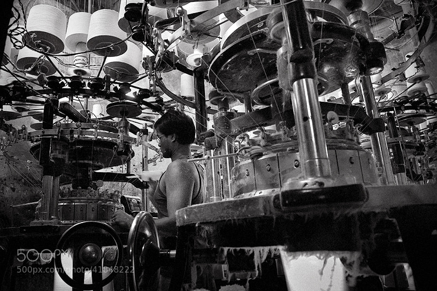 Photograph man and machine | kolkata by Soumya Bandyopadhyay on 500px