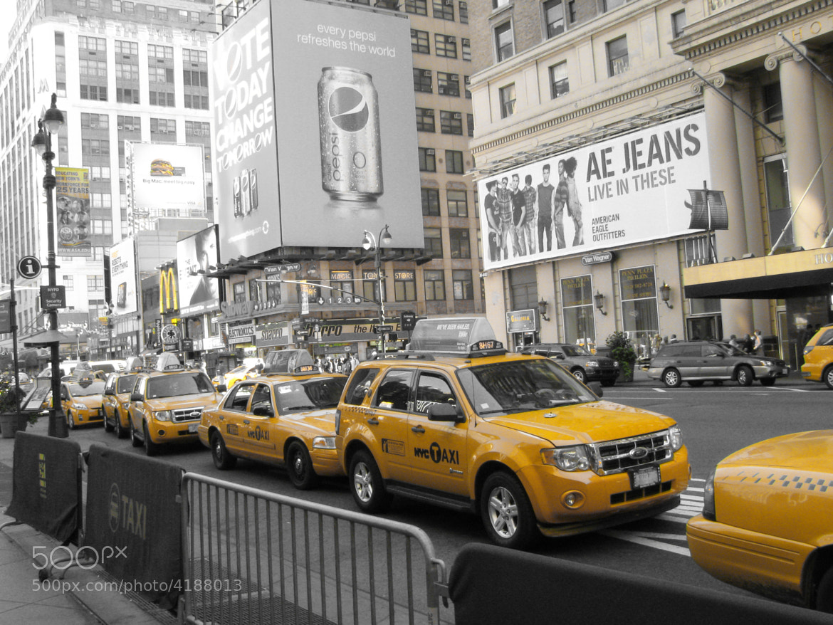 Photograph Taxi - NYC by Ashwin Visvanathan on 500px