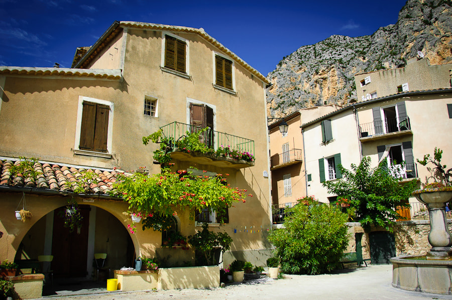 Photograph Moustiers-Ste-Marie by Hans Lie on 500px
