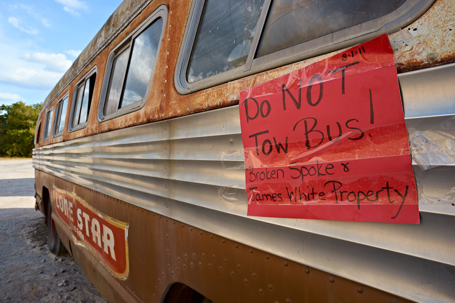 Image of the broken down bus at the Broken Spoke  in Austin