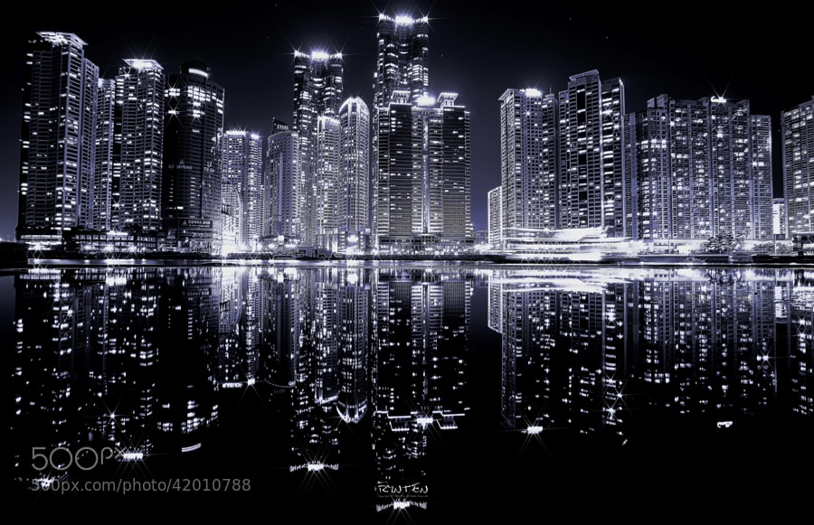 Crystal Reflection by RYNTEN  on 500px.com