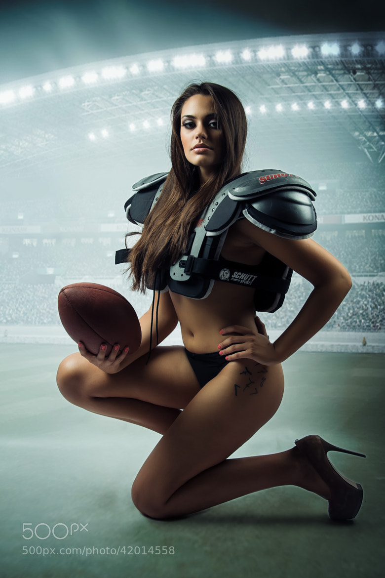 hot ass football girls jpg 1152x768