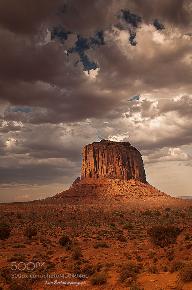 Photograph Monument valley by Ivan Bertusi on 500px
