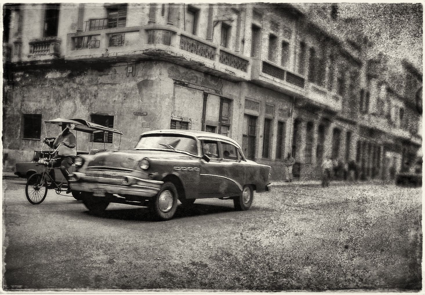 Photograph Habana Vieja by Luis Mariano González on 500px