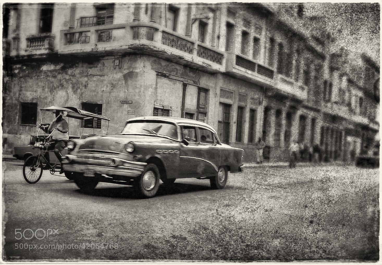 Photograph Habana Vieja by Luis Mariano González on 500px