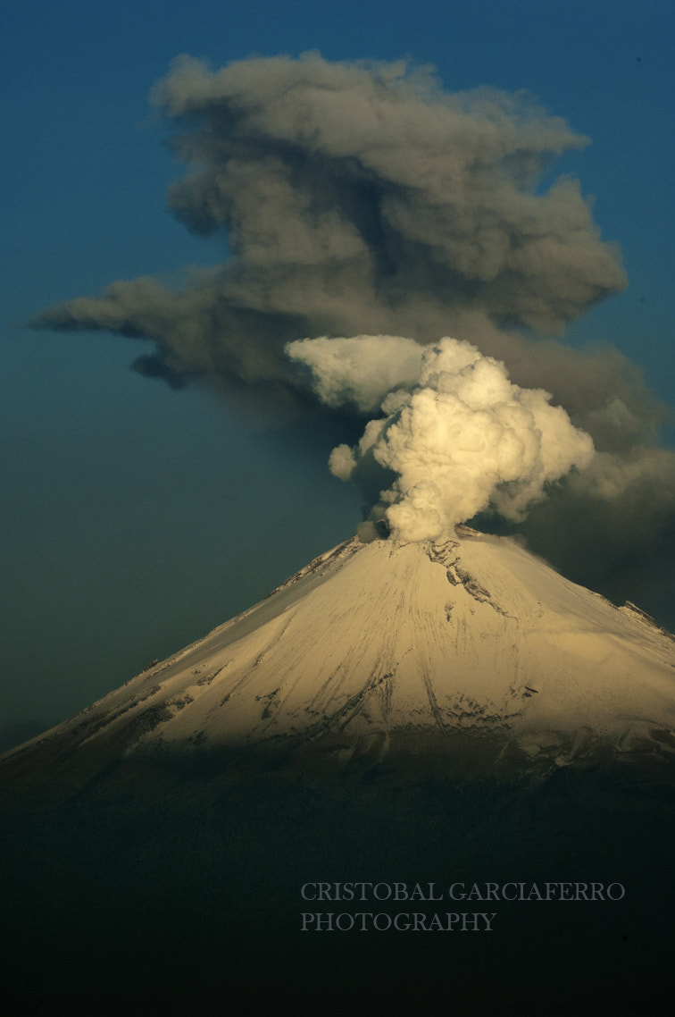 Photograph Popocatepetl, this morning by Cristobal Garciaferro Rubio on 500px