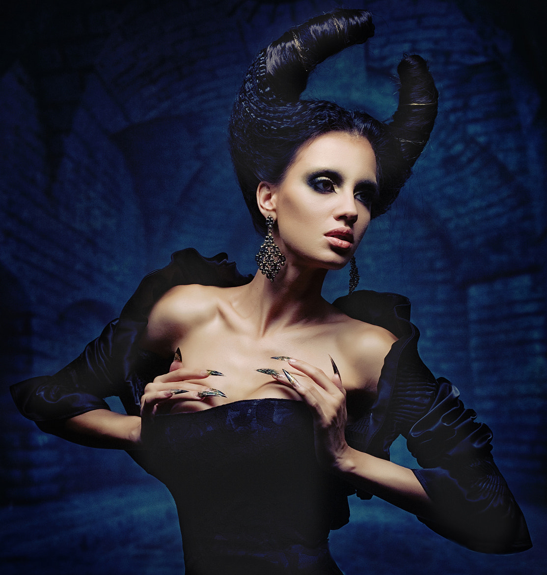 Photograph succubus by Helena Resina on 500px