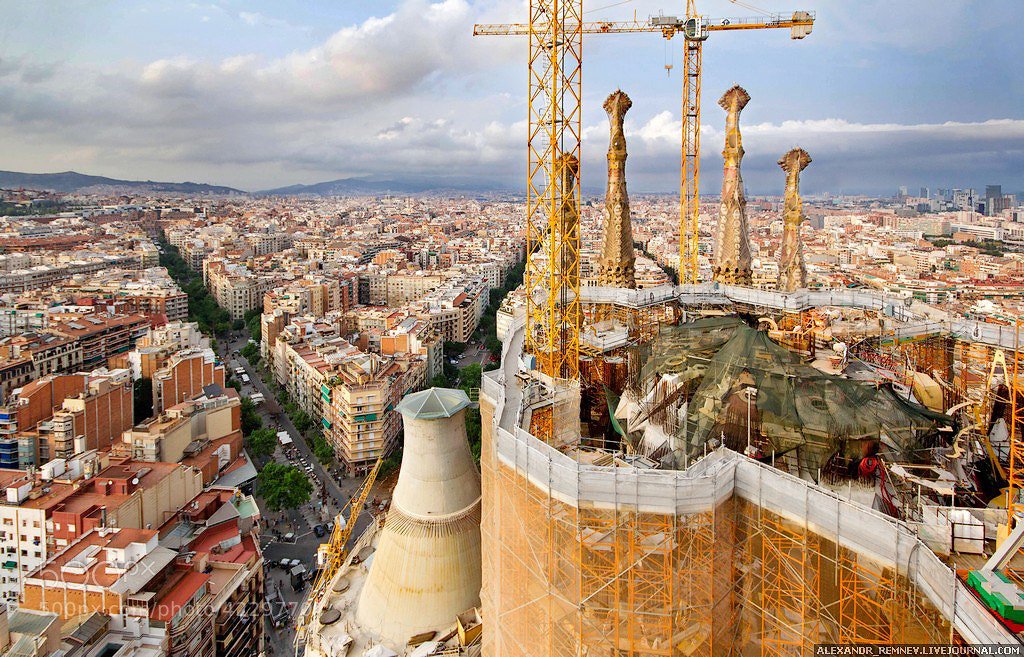Photograph Sagrada Familia by Alexander Remnev on 500px