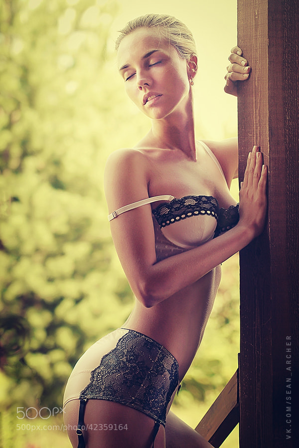 Photograph Tanya by Sean Archer on 500px