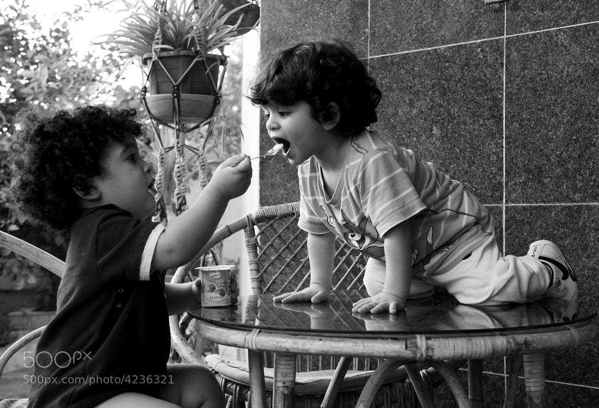 Photograph Feed me love by Takwa Alfaitori on 500px