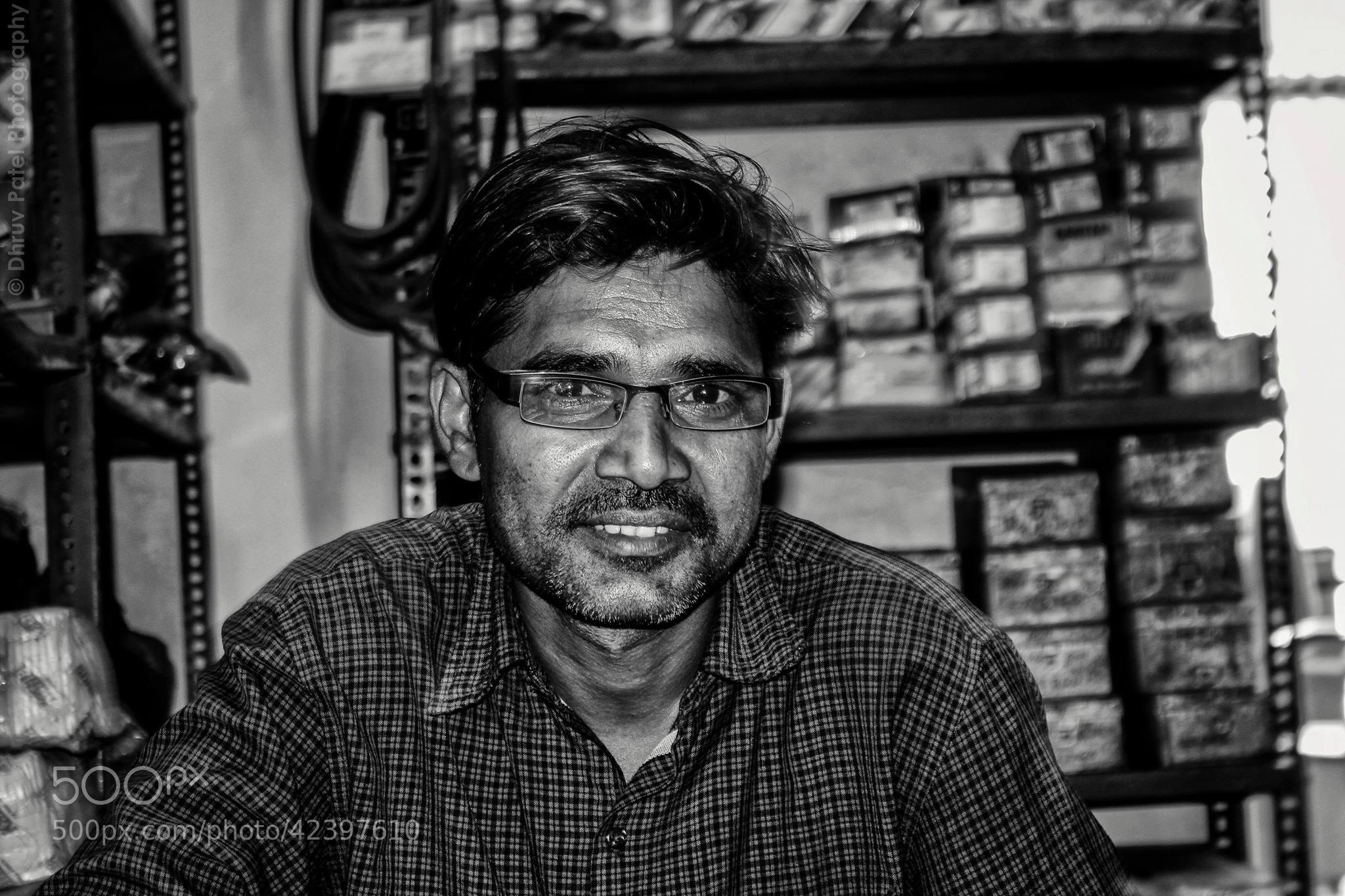 Photograph Worker/Helper by Dhruv Patel on 500px