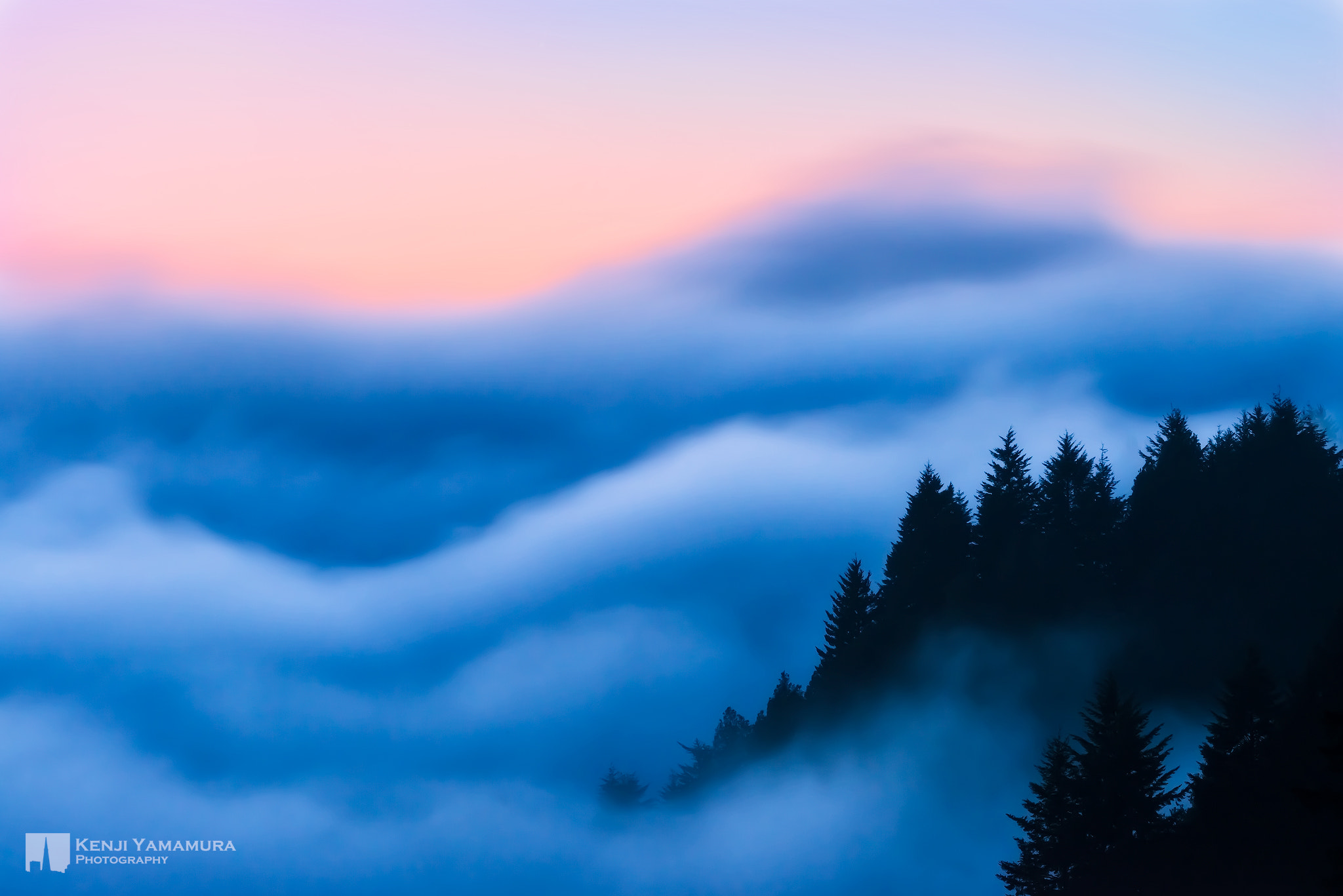 Photograph Into the Sea of Clouds by Kenji Yamamura on 500px