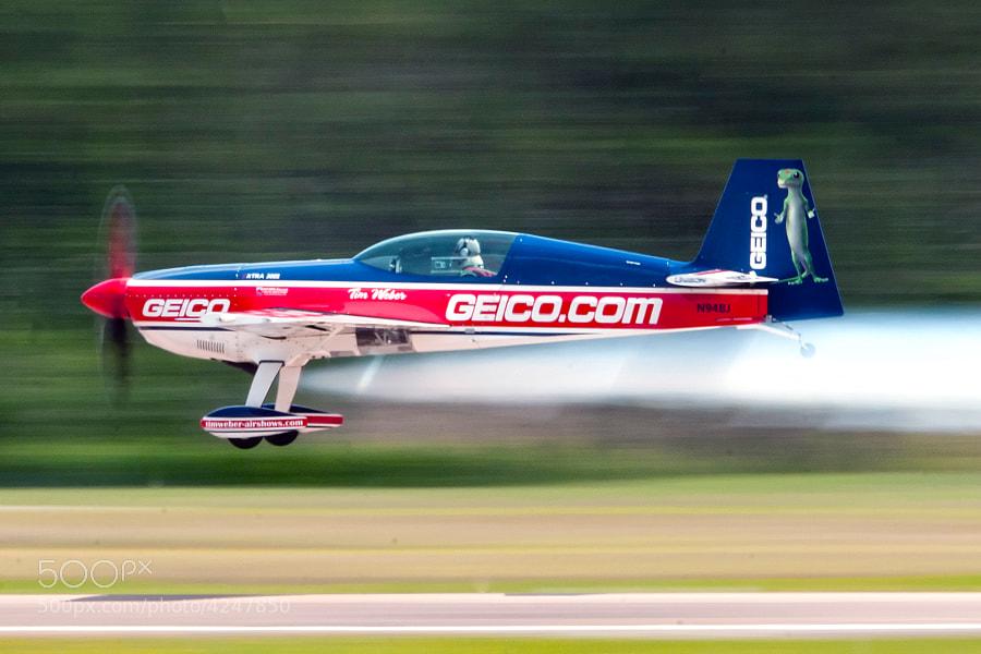 Tim Weber flys an MX300 Extra