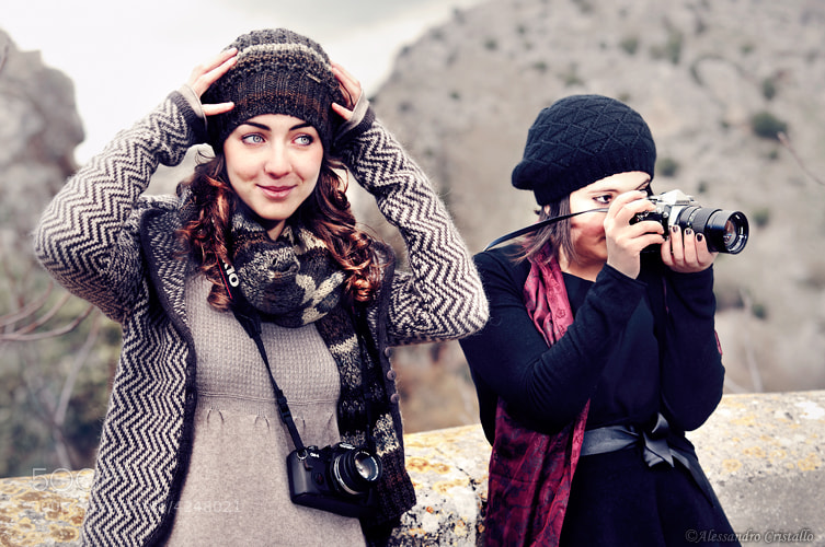 Photograph 2 girls, 2 cameras by Alessandro Cristallo on 500px