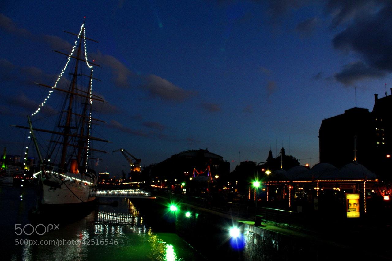 Photograph Night Lights.. by Hugo Desch on 500px