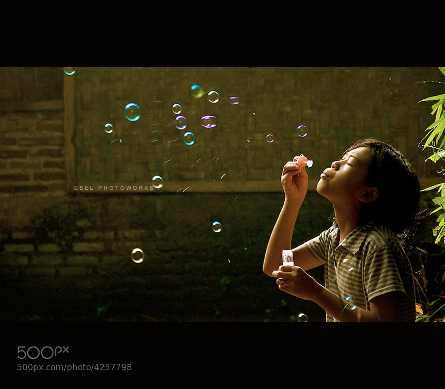 Photograph Buble by Hendro Alramy on 500px