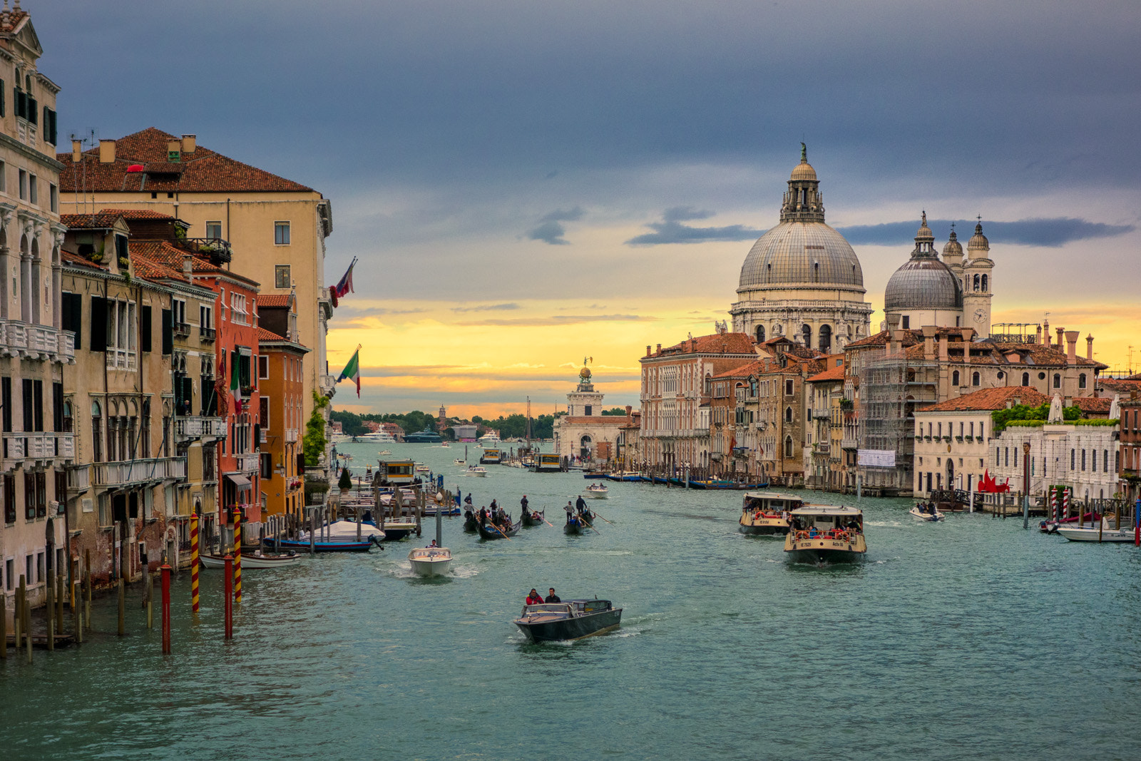 Photograph Venezia by Thierry Hennet on 500px
