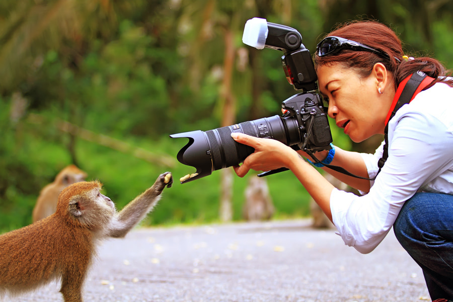 Photograph Right Hand Please.... by William Cen on 500px