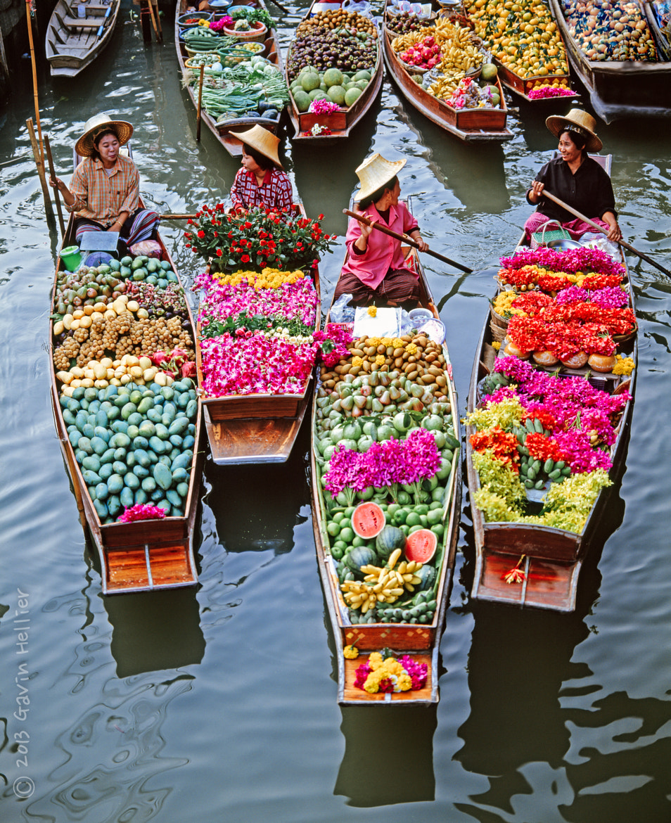 Photograph Damnoen Saduak floating market, Bangkok by Gavin Hellier on 500px
