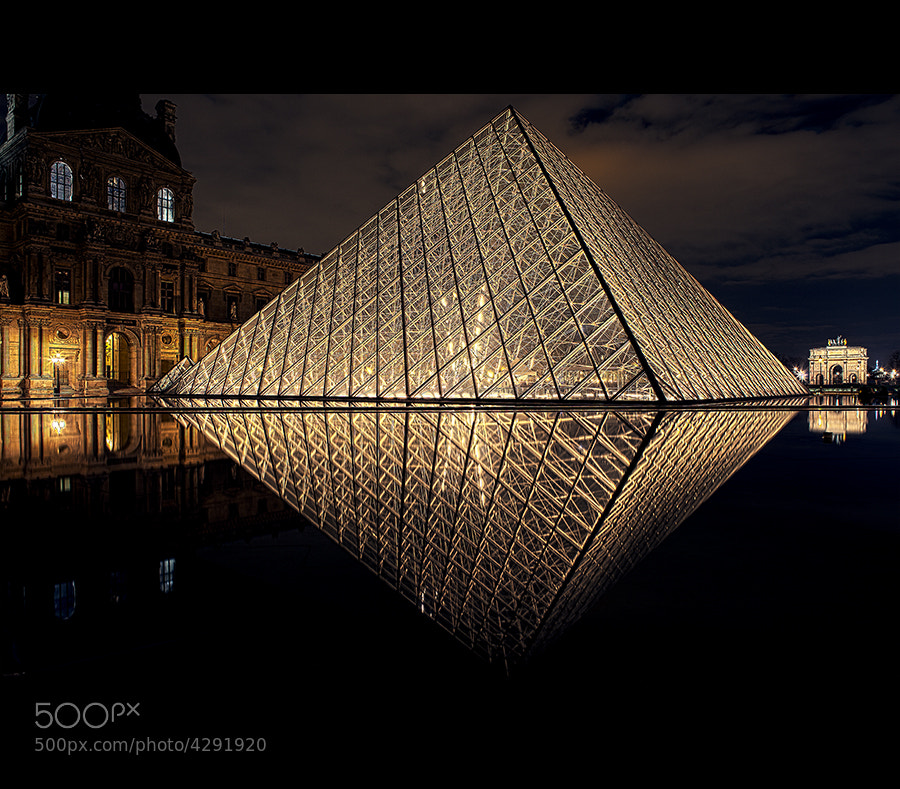 Photograph Le Louvre in reflection by Cal Redback on 500px