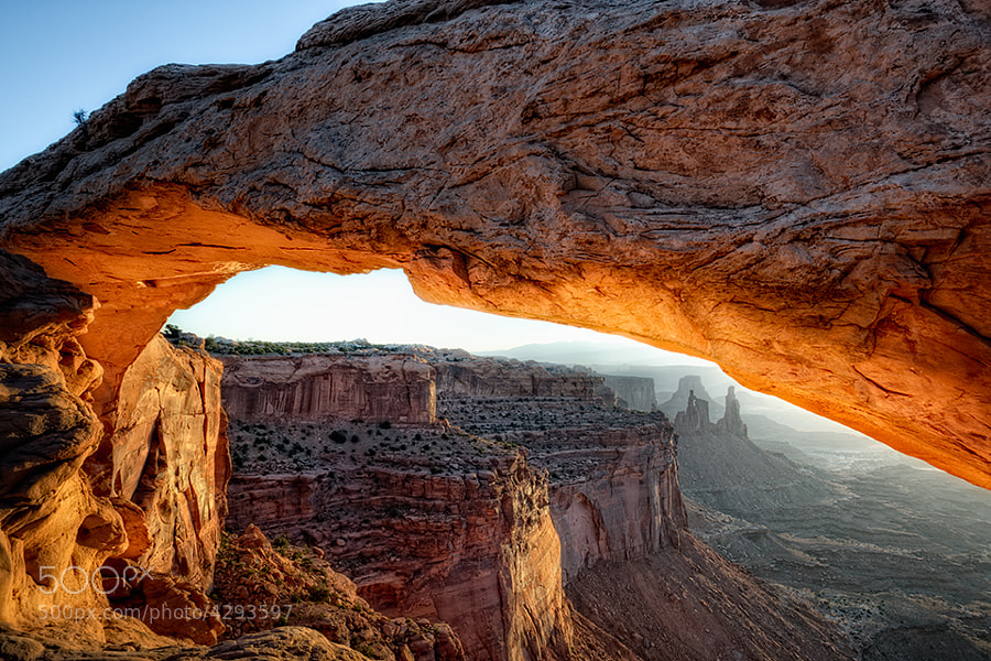 Mesa Arch at sunrise.  Located within the 'Canyon lands National Park' in eastern Utah.