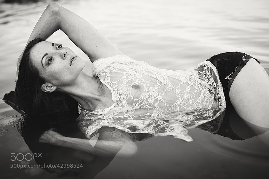 Canon 5D mk II photo - black water by Sabrina Guthier