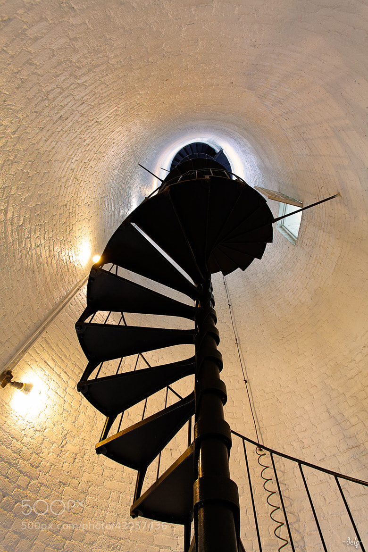 Photograph upside down vertigo by Lionel Dupré on 500px