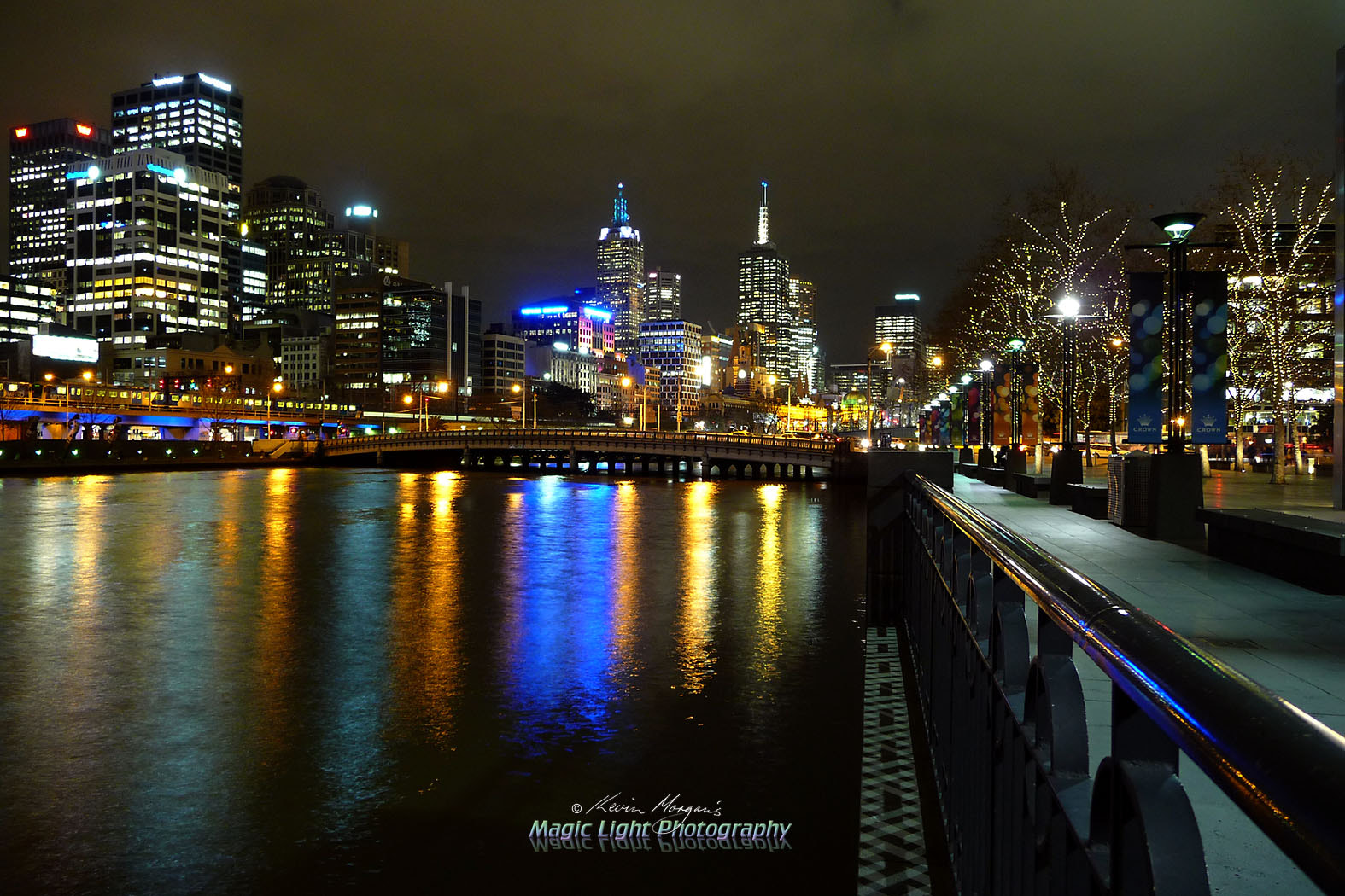 Photograph Southbank By Night by Kevin Morgan on 500px