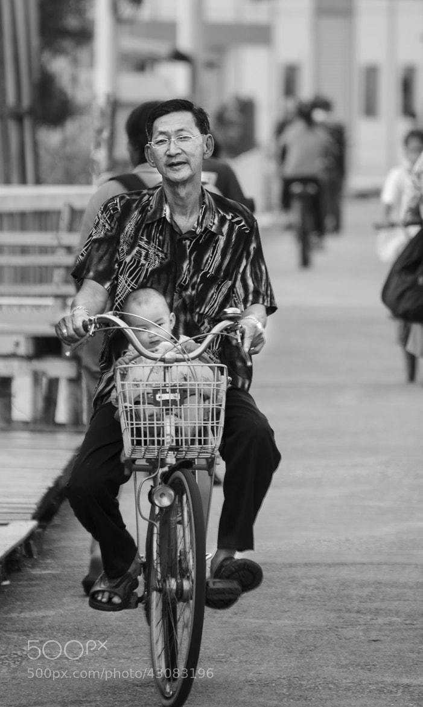 Photograph A Lovely Father by Samsi Yadav on 500px