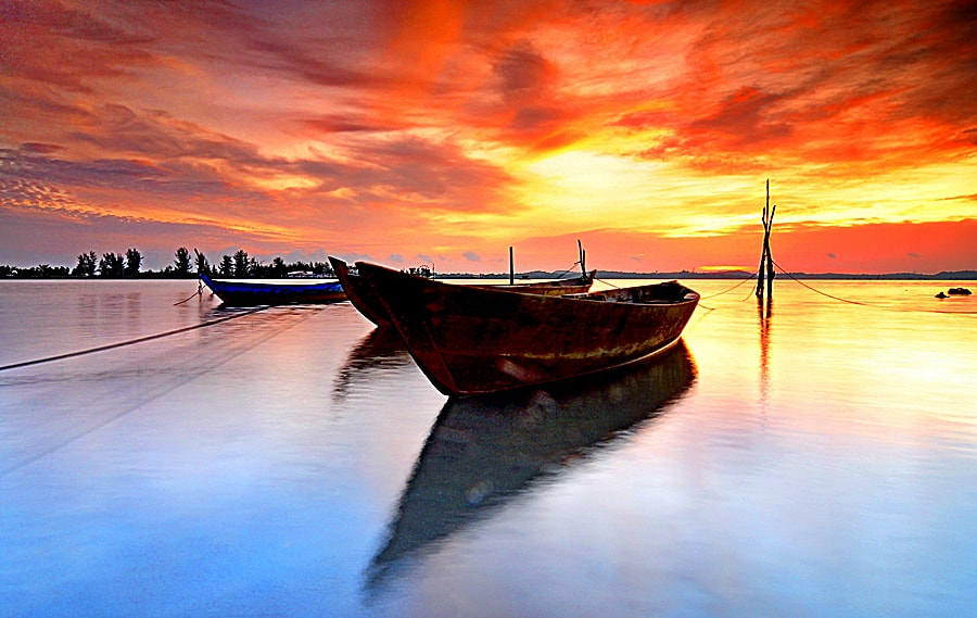 Photograph Waiting for the Sun by Iman Hanggi on 500px
