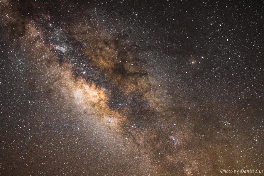 Photograph Milky Way by Daniel Lin on 500px
