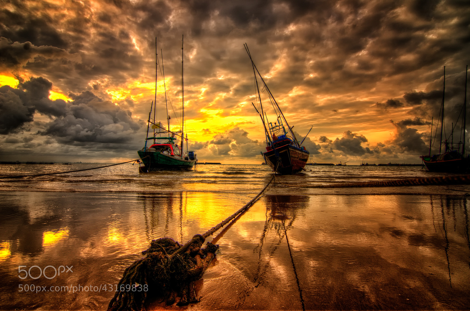 Photograph HDR by Peerasith Chaisanit on 500px