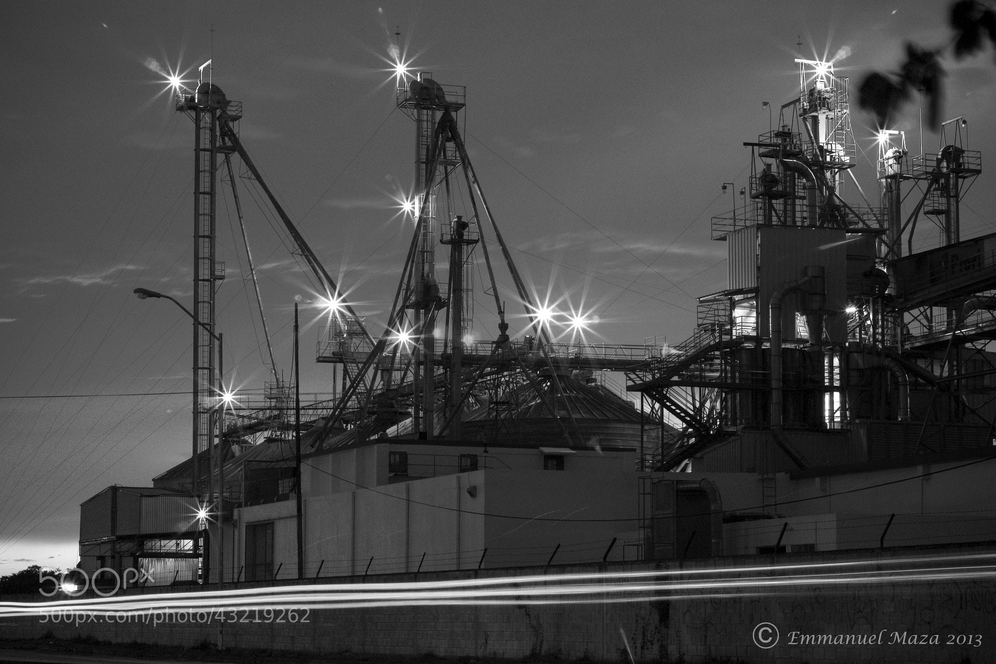 Photograph Fábrica de estrellas by Emmanuel  Maza on 500px