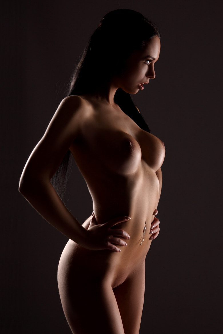 Photograph Sexy busty girl posing nude by Gu Wu on 500px